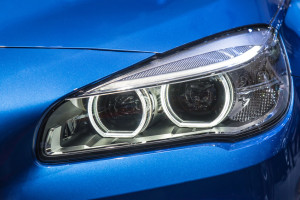 7 Things Our Professional Headlight Restoration Kit Will Contain